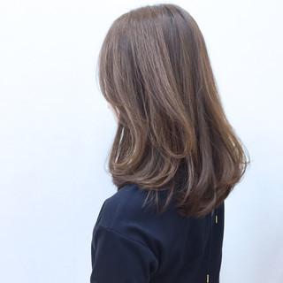 ゆるふわ アッシュ ストリート フェミニン ヘアスタイルや髪型の写真・画像