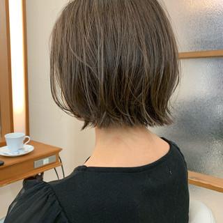 レイヤーボブ ミニボブ ナチュラル ショート ヘアスタイルや髪型の写真・画像