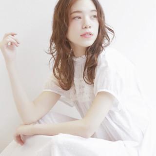 ゆるふわ 大人かわいい 外国人風カラー セミロング ヘアスタイルや髪型の写真・画像