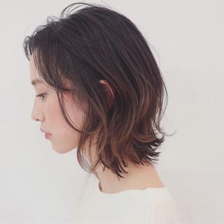 簡単ヘアアレンジ グラデーションカラー ナチュラル ボブ ヘアスタイルや髪型の写真・画像