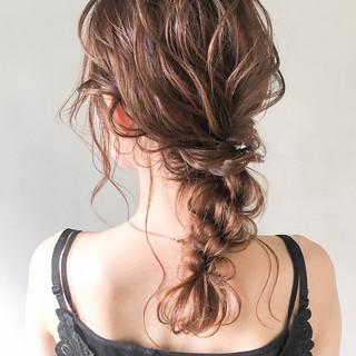 結婚式 パーティー フェミニン ヘアアレンジ ヘアスタイルや髪型の写真・画像