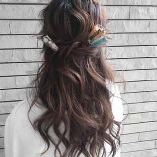 結婚式 簡単ヘアアレンジ 成人式 ナチュラル ヘアスタイルや髪型の写真・画像
