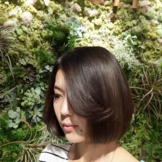 ボブ マルサラ 暗髪 外国人風 ヘアスタイルや髪型の写真・画像