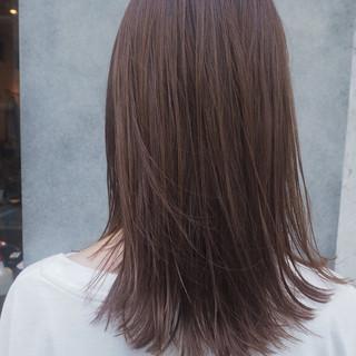 デート 透明感 オフィス ミディアム ヘアスタイルや髪型の写真・画像