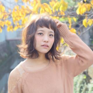 ミディアム 秋 ナチュラル ゆるふわ ヘアスタイルや髪型の写真・画像