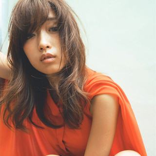 フェミニン モード 暗髪 こなれ感 ヘアスタイルや髪型の写真・画像