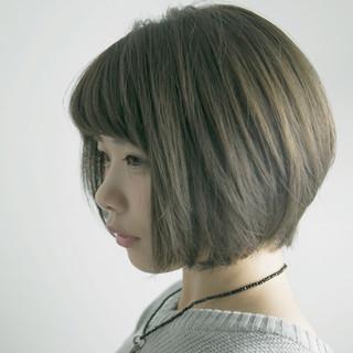 ナチュラル グレージュ ボブ ニュアンス ヘアスタイルや髪型の写真・画像