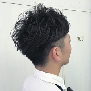 オフィス ストリート パーマ メンズ ヘアスタイルや髪型の写真・画像
