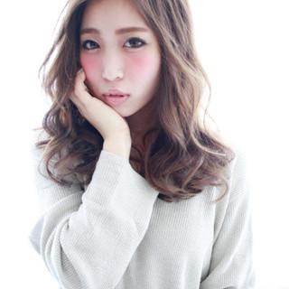 こなれ感 外国人風 ゆるふわ 大人女子 ヘアスタイルや髪型の写真・画像