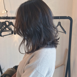 ハイライト ナチュラル 切りっぱなし グラデーションカラー ヘアスタイルや髪型の写真・画像