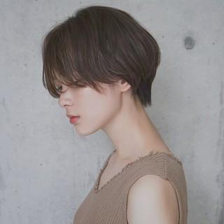 アンニュイ 抜け感 ショート ゆるふわ ヘアスタイルや髪型の写真・画像