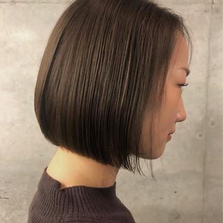 切りっぱなしボブ ボブヘアー まとまるボブ ショートボブ ヘアスタイルや髪型の写真・画像