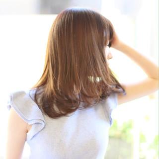 ナチュラル かわいい 美シルエット ミディアム ヘアスタイルや髪型の写真・画像