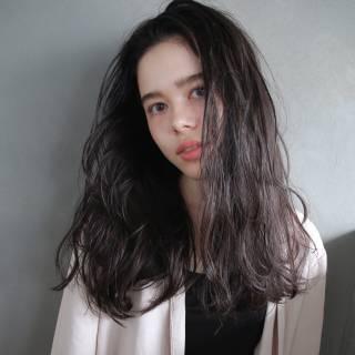 ダークアッシュ グラデーションカラー グレー マルサラ ヘアスタイルや髪型の写真・画像