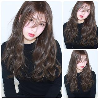 外国人風 フェミニン アッシュ ナチュラル ヘアスタイルや髪型の写真・画像