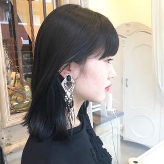 モード ミディアム ブルーブラック ボブ ヘアスタイルや髪型の写真・画像