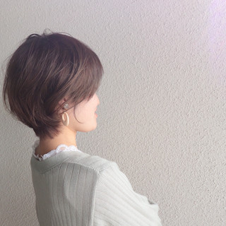 ショートボブ ショートヘア マッシュショート フェミニン ヘアスタイルや髪型の写真・画像