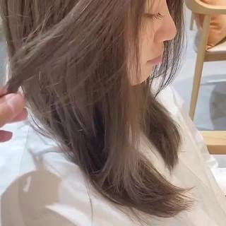 ハイトーンカラー ナチュラル ダブルカラー セミロング ヘアスタイルや髪型の写真・画像