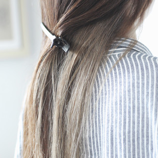 ロング ヌーディベージュ ミルクティーベージュ インナーカラー ヘアスタイルや髪型の写真・画像