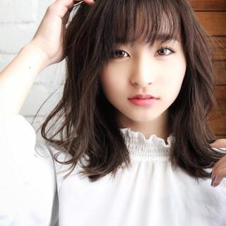前髪 パーマ デジタルパーマ ナチュラル ヘアスタイルや髪型の写真・画像