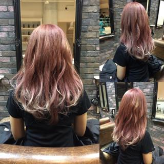 ピンクアッシュ 外国人風 ハイトーン ハイライト ヘアスタイルや髪型の写真・画像