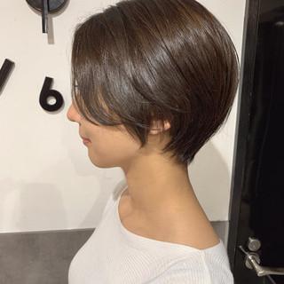 フェミニン 小顔ショート ハンサムショート ショートボブ ヘアスタイルや髪型の写真・画像