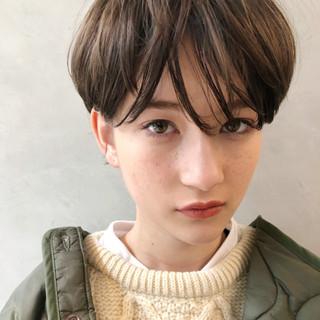 大人女子 アンニュイほつれヘア 小顔 ストリート ヘアスタイルや髪型の写真・画像