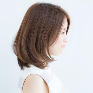 大人かわいい ベージュ オフィス デート ヘアスタイルや髪型の写真・画像