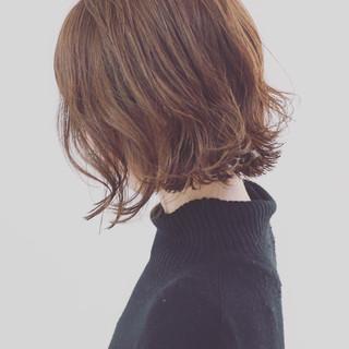 パーマ ボブ こなれ感 ミディアム ヘアスタイルや髪型の写真・画像
