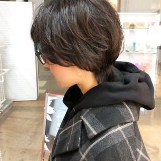 マッシュウルフ マッシュショート ナチュラル ショートヘア ヘアスタイルや髪型の写真・画像