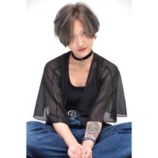ショートボブ ストリート ショート ブルージュ ヘアスタイルや髪型の写真・画像