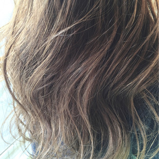 ロング ブラウン グラデーションカラー ストリート ヘアスタイルや髪型の写真・画像