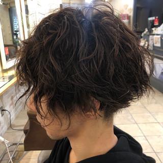 ショート メンズ ストリート スパイラルパーマ ヘアスタイルや髪型の写真・画像