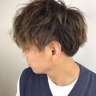 メンズパーマ ショート メンズマッシュ ストリート ヘアスタイルや髪型の写真・画像