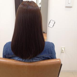 ストレート ロング ナチュラル ブラウンベージュ ヘアスタイルや髪型の写真・画像