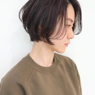 ショート かっこいい シースルーバング ナチュラル ヘアスタイルや髪型の写真・画像