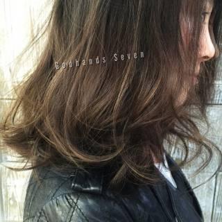 ロング 暗髪 センターパート ウェットヘア ヘアスタイルや髪型の写真・画像