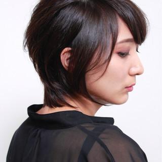 上品 ウルフカット 似合わせ マッシュ ヘアスタイルや髪型の写真・画像
