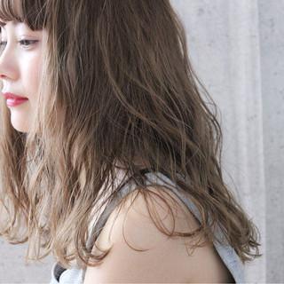 前髪あり 抜け感 ヘアアレンジ セミロング ヘアスタイルや髪型の写真・画像