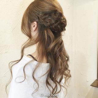フェミニン ハーフアップ ロング 編み込み ヘアスタイルや髪型の写真・画像
