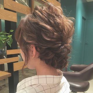 大人女子 結婚式 ミディアム ナチュラル ヘアスタイルや髪型の写真・画像