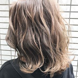 ボブ ラフ 外国人風 ストリート ヘアスタイルや髪型の写真・画像