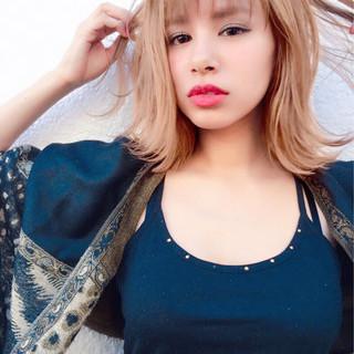 外国人風 外ハネ モード ショートバング ヘアスタイルや髪型の写真・画像