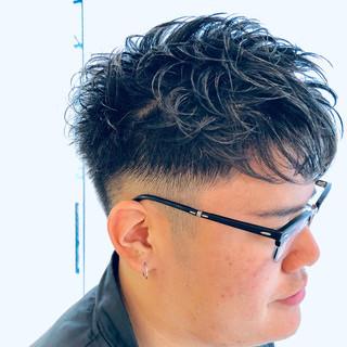 ナチュラル メンズスタイル ショート 刈り上げ ヘアスタイルや髪型の写真・画像