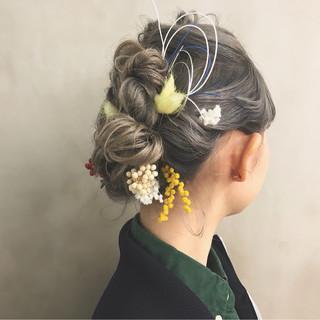 ミディアム ヘアアレンジ 謝恩会 簡単ヘアアレンジ ヘアスタイルや髪型の写真・画像