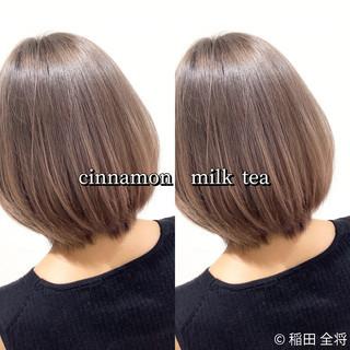 ミルクティーグレージュ ボブ ストリート ヘアカラー ヘアスタイルや髪型の写真・画像