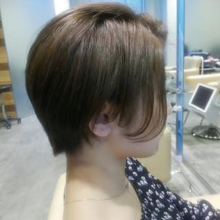 前髪あり グレージュ 秋 透明感 ヘアスタイルや髪型の写真・画像