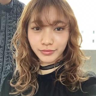 色気 女子会 斜め前髪 ミディアム ヘアスタイルや髪型の写真・画像
