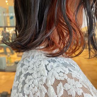 切りっぱなしボブ ナチュラル インナーカラーオレンジ ブラットオレンジ ヘアスタイルや髪型の写真・画像
