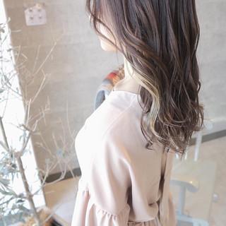 インナーカラー ロング インナーカラーホワイト エレガント ヘアスタイルや髪型の写真・画像